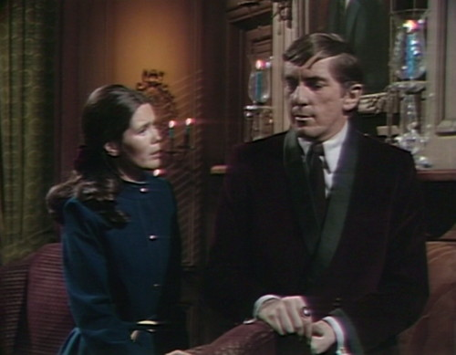 530 dark shadows vicki barnabas why