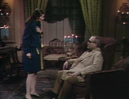530 dark shadows vicki sam sitting