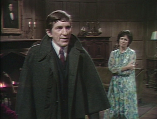 532 dark shadows barnabas cassandra backacting