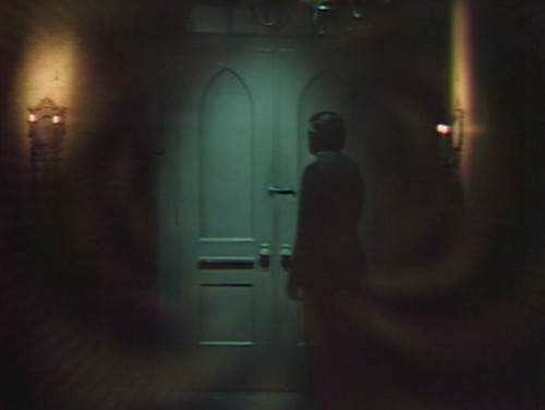 535 dark shadows barnabas door