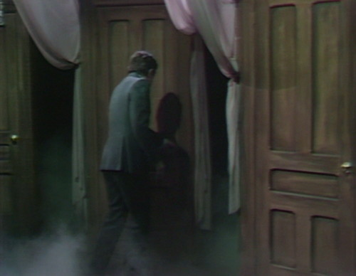 535 dark shadows barnabas third door