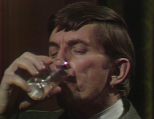 535 dark shadows barnabas water