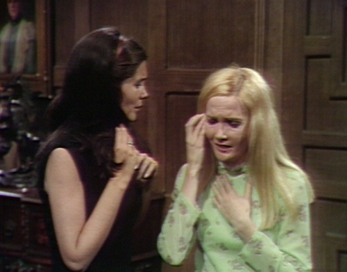 539 dark shadows vicki carolyn impossible