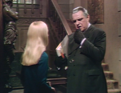 544 dark shadows carolyn stokes kiss