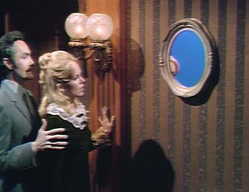 559 dark shadows angelique mirror