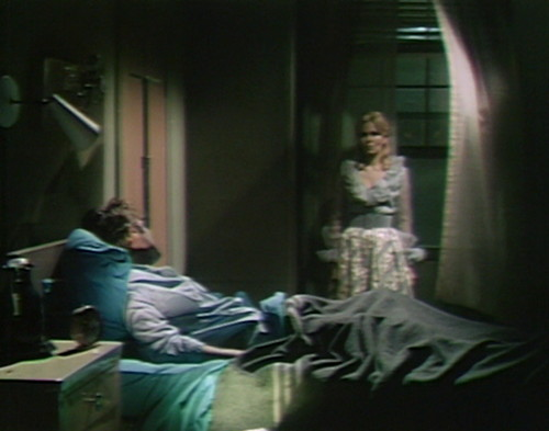 563 dark shadows tom angelique
