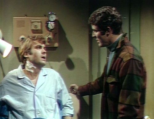 563 dark shadows tom joe visit