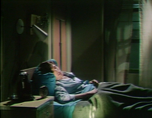 563 dark shadows tom window
