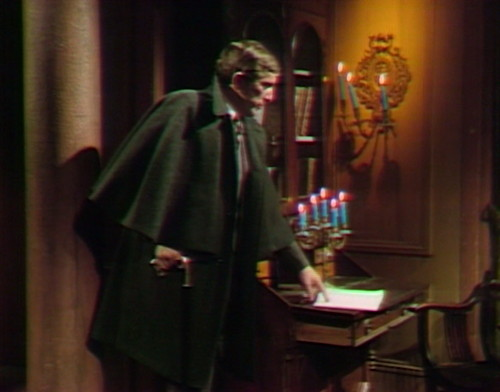 565 dark shadows barnabas sense