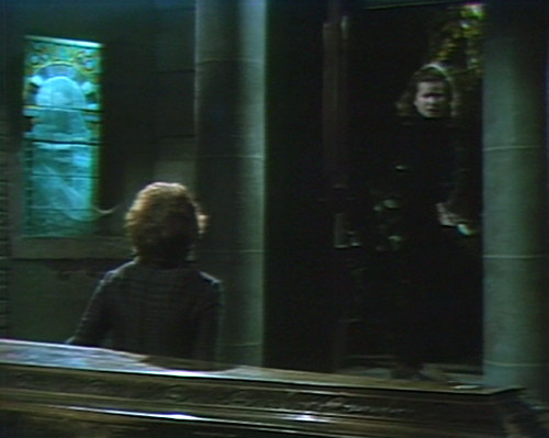 569 dark shadows julia liz crypt