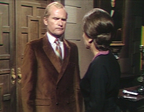 569 dark shadows roger johnson back