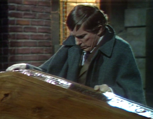 571 dark shadows barnabas opens coffin