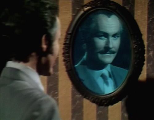 575 dark shadows nicholas mirror