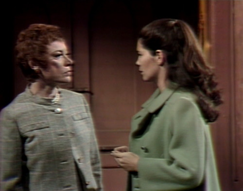 579 dark shadows julia vicki cat