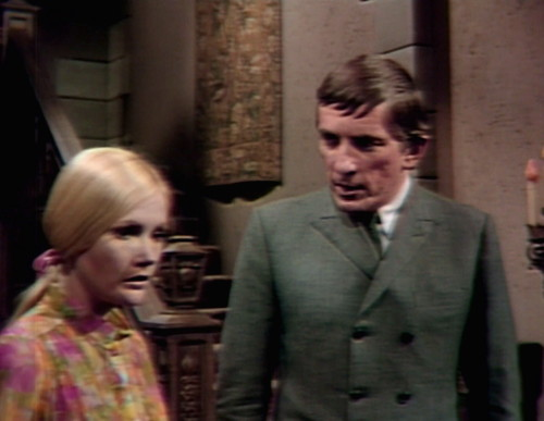 586 dark shadows carolyn barnabas invisible