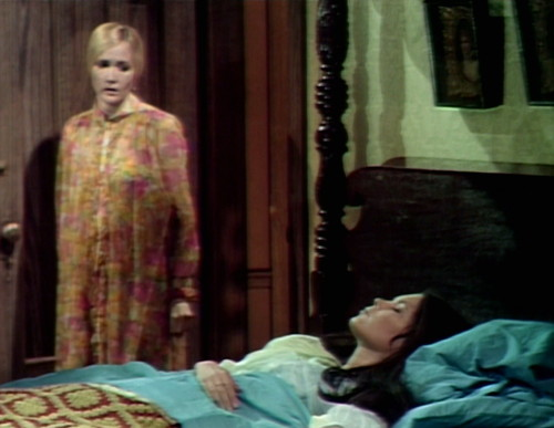 586 dark shadows carolyn vicki invisible