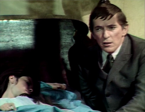 586 dark shadows vicki barnabas thinks