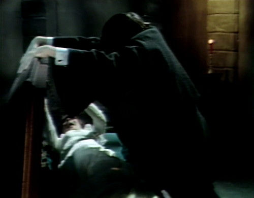588 dark shadows maggie barnabas trapped