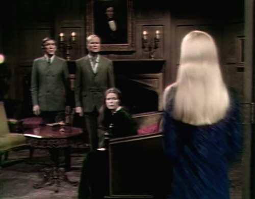 589 dark shadows barnabas carolyn bored