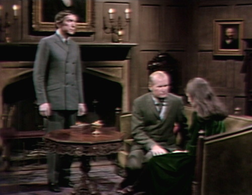 589 dark shadows barnabas vicki couch