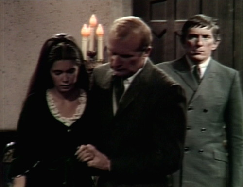 589 dark shadows vicki roger strangled