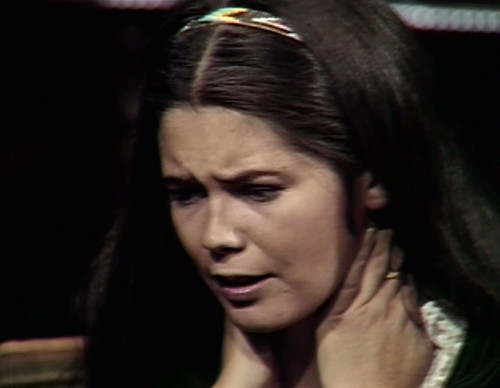 589 dark shadows vicki throat