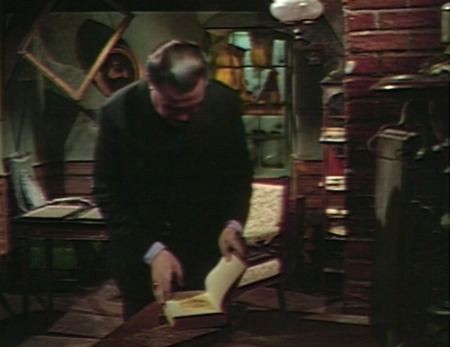 598 dark shadows stokes book
