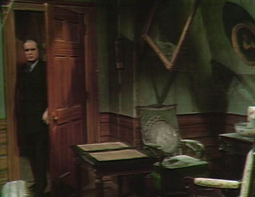 598 dark shadows stokes door