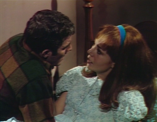 599 dark shadows joe maggie escape