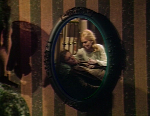 602 dark shadows nicholas mirror