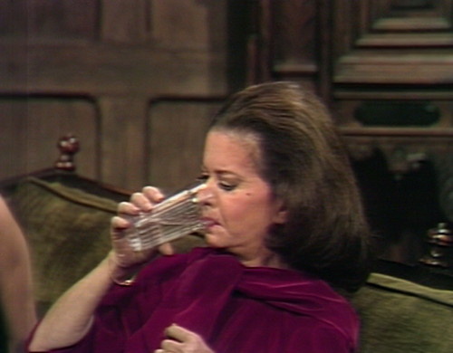 604 dark shadows liz drinks