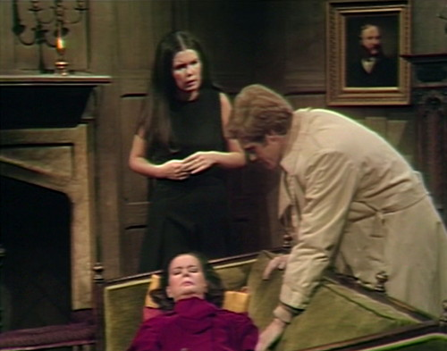 604 dark shadows liz vicki jeff out