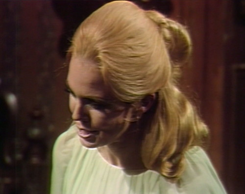 608 dark shadows angelique no