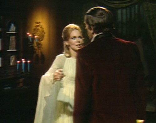615 dark shadows angelique barnabas vampire