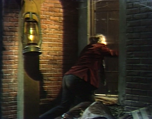 618 dark shadows barnabas door