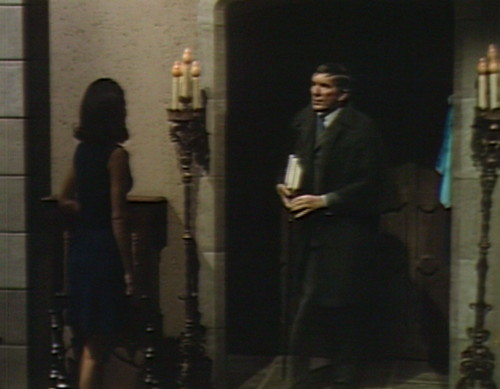 630 dark shadows vicki barnabas foyer