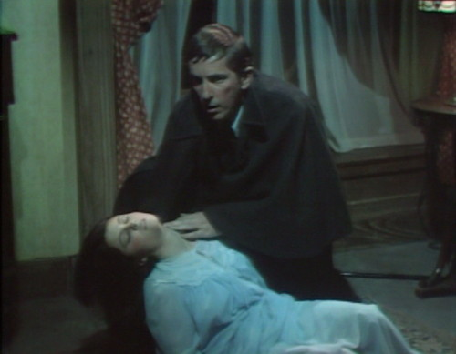 631 dark shadows vicki barnabas chase