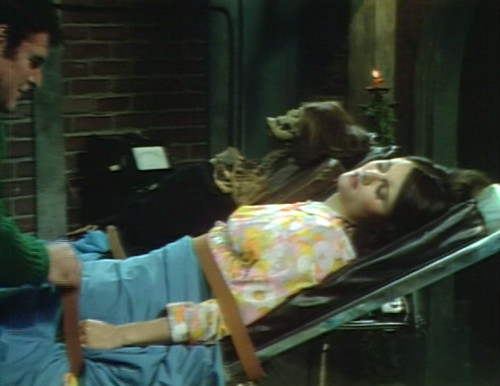 631 dark shadows vicki sacrifice