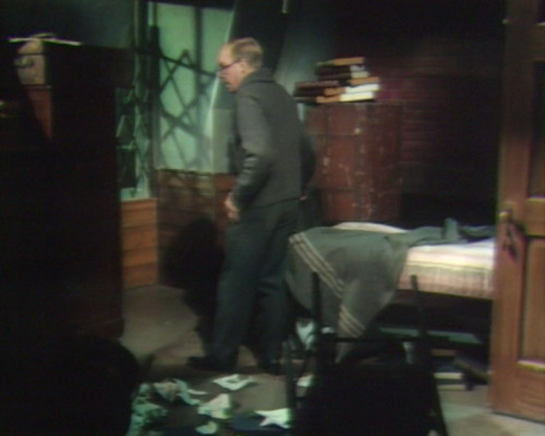 632 dark shadows clerk room