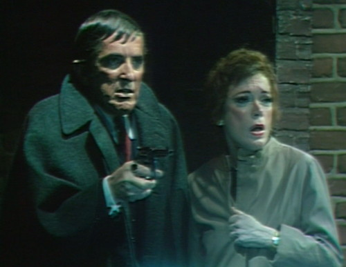 635 dark shadows barnabas julia gun