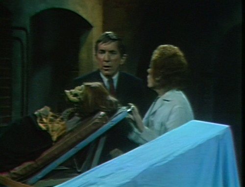 635 dark shadows barnabas julia skeleton