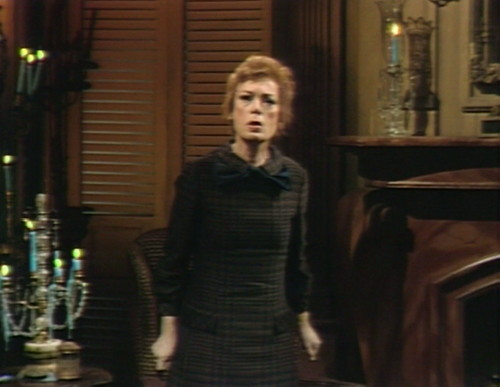 635 dark shadows julia pacing
