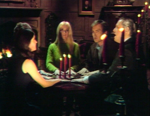642 dark shadows chris seance