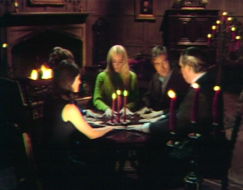 642 dark shadows seance