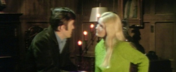 643 dark shadows carolyn chris seance