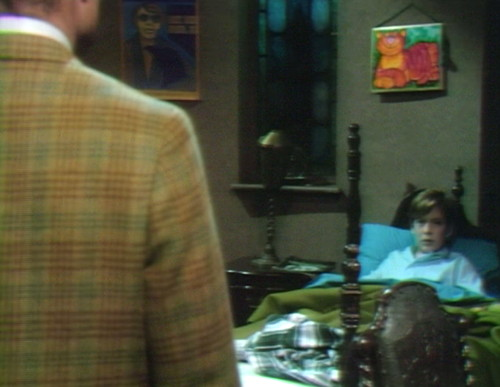 643 dark shadows roger david bed