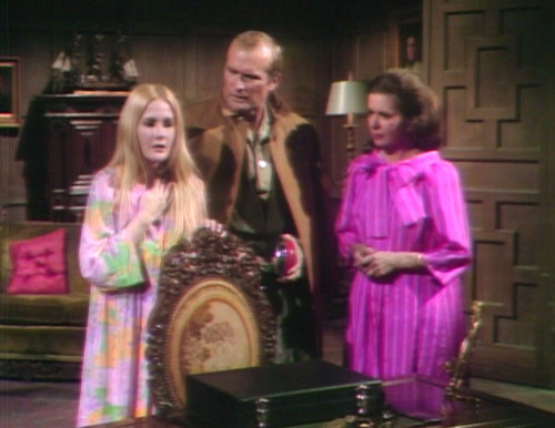 644 dark shadows carolyn roger liz search