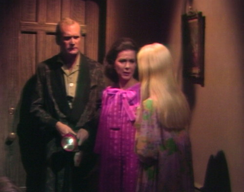 644 dark shadows roger liz carolyn feeling