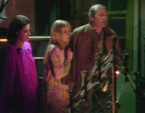 644 dark shadows scooby gang