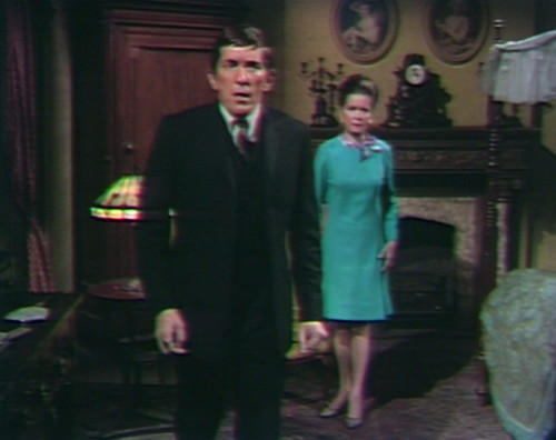 650 dark shadows barnabas liz left behind